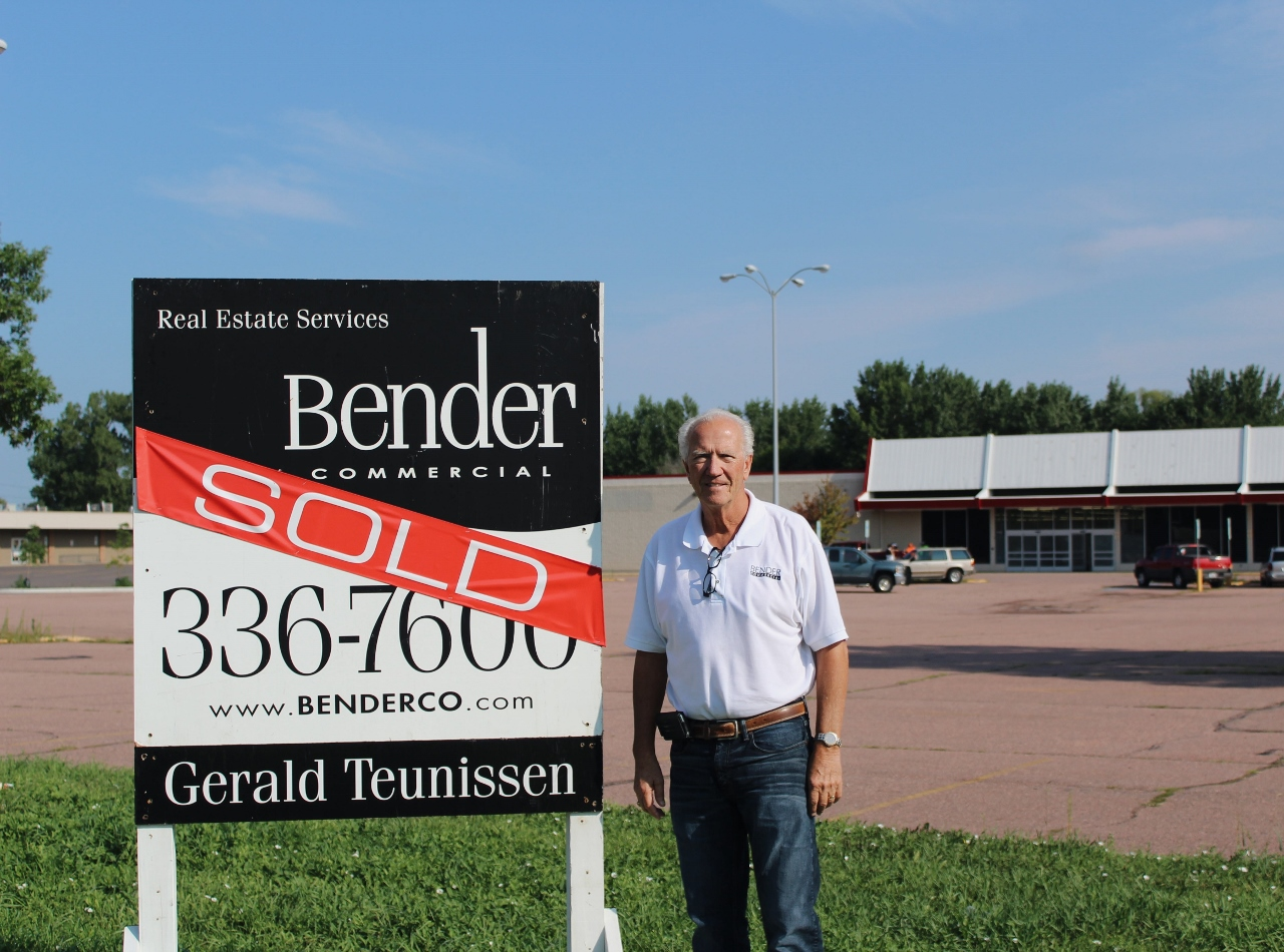 Teunissen with Sold Sign
